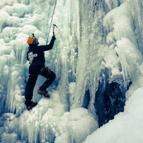 devour-cao-ab-activity-jasper-ice-climbing-braden-beginning-climb-2-edited